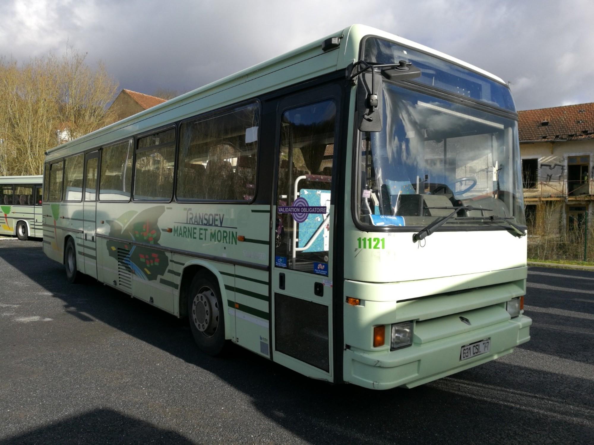 renault tracer 11121 car bus d 39 occasion aux ench res. Black Bedroom Furniture Sets. Home Design Ideas