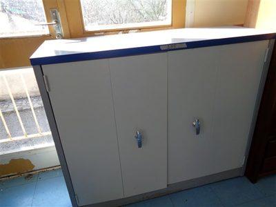 Image du produit: Armoire basse à portes battantes