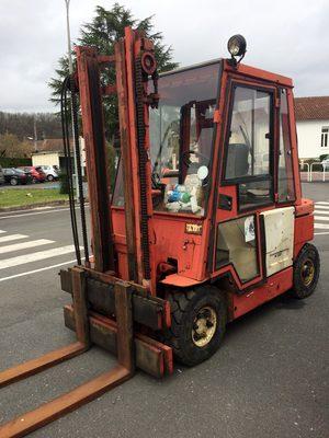 Chariot l vateur manitou mi 305 manutention levage d - Chariot automoteur a conducteur porte ...