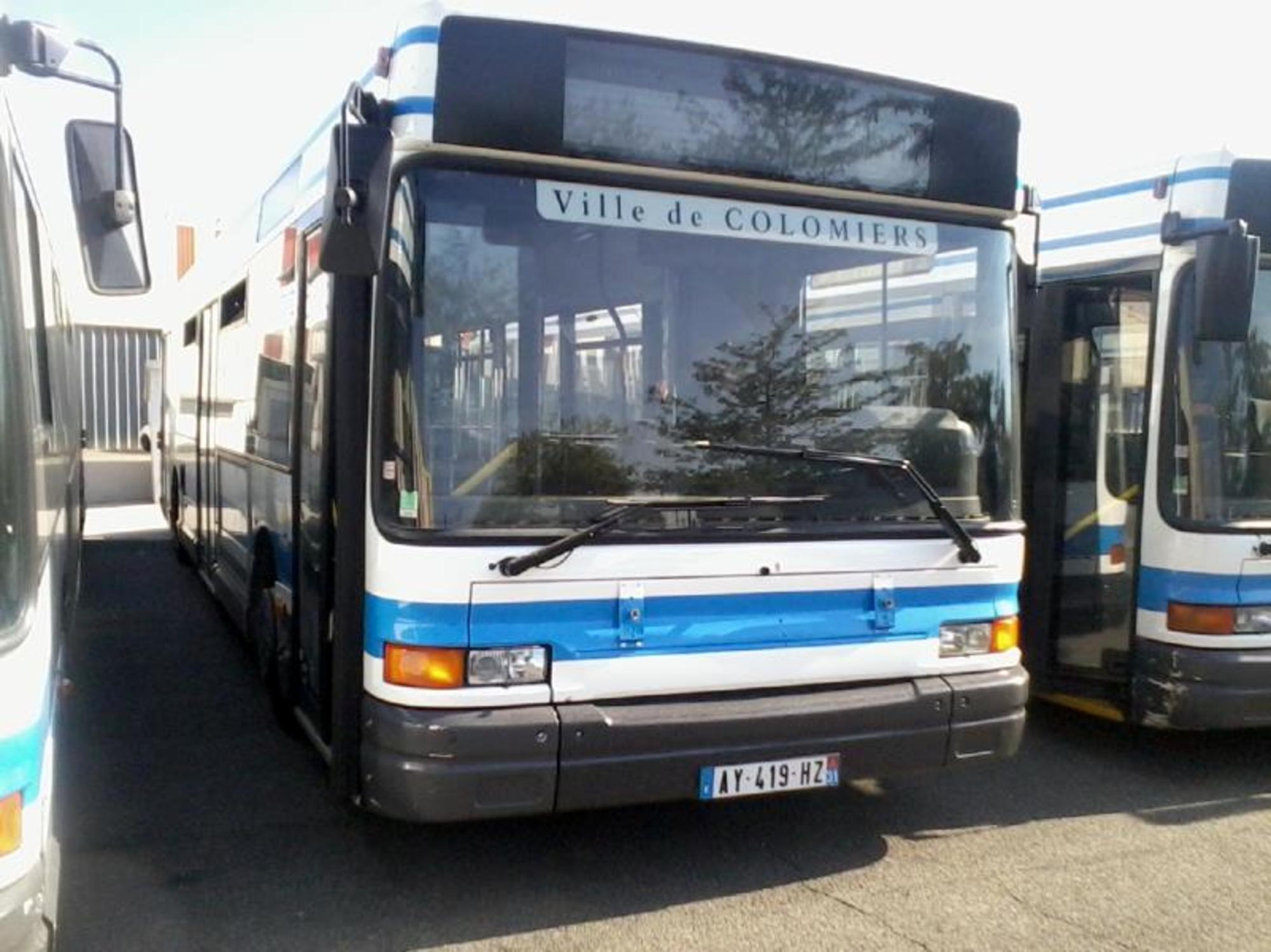 bus heuliez gx317 ay419hz car bus d 39 occasion aux. Black Bedroom Furniture Sets. Home Design Ideas