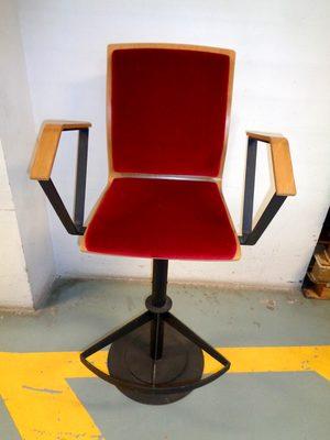fauteuil tournant assise haute fauteuil d 39 occasion aux ench res agorastore. Black Bedroom Furniture Sets. Home Design Ideas