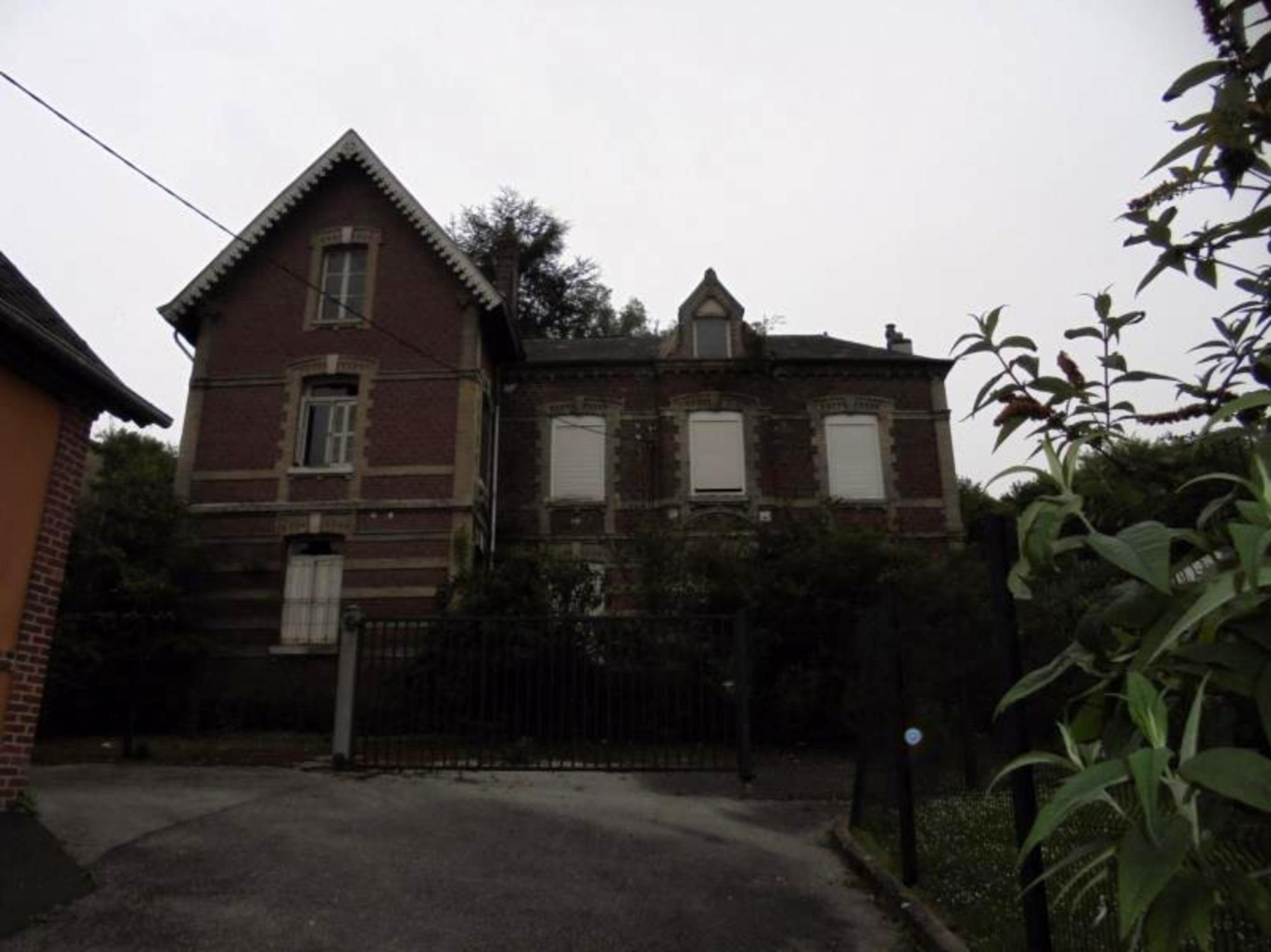 Maison 320 M² à Bolbec