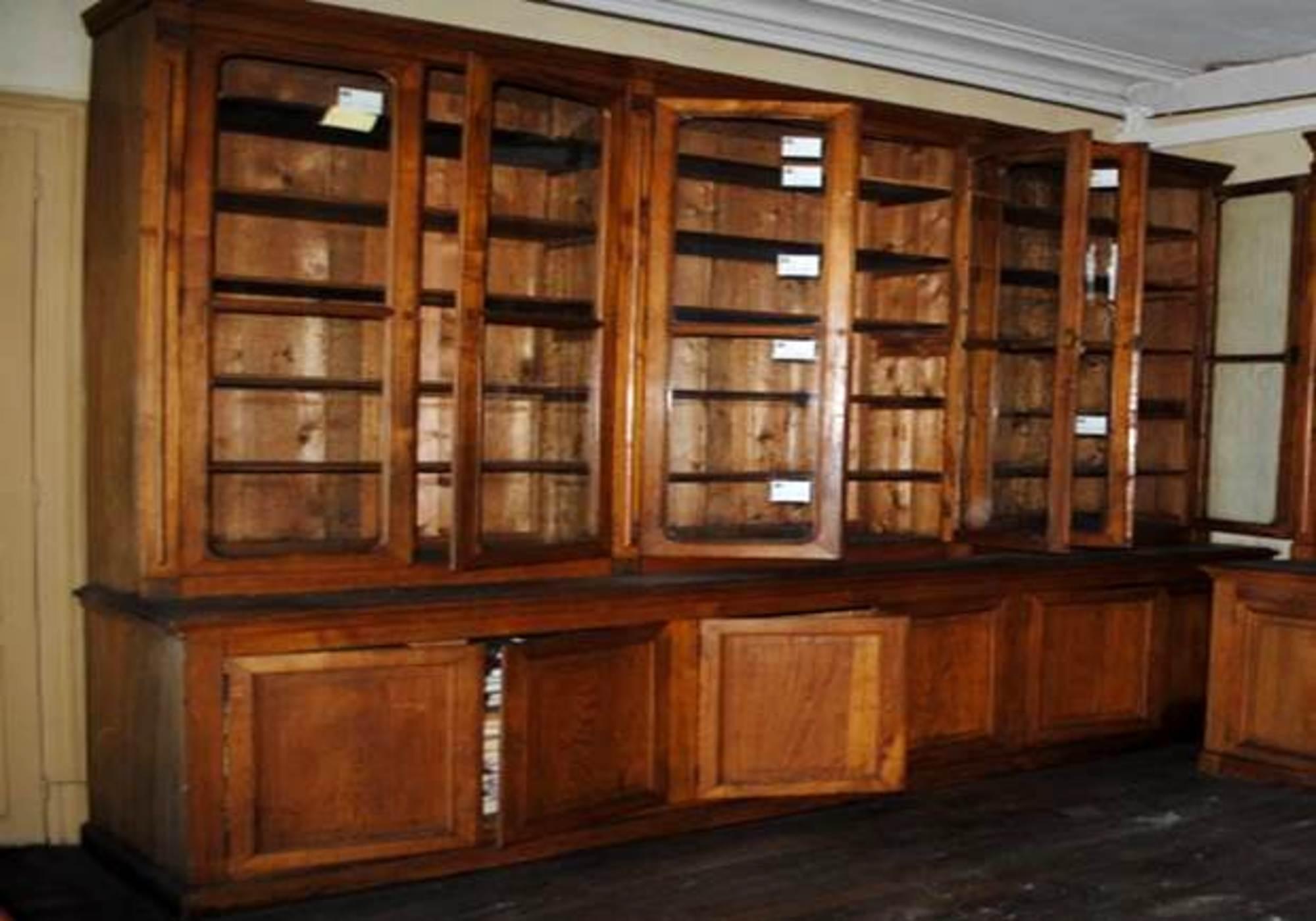 biblioth ques rangement d 39 occasion aux ench res agorastore. Black Bedroom Furniture Sets. Home Design Ideas
