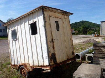 lot n 67 roulotte de chantier remorque semi d 39 occasion aux ench res agorastore. Black Bedroom Furniture Sets. Home Design Ideas