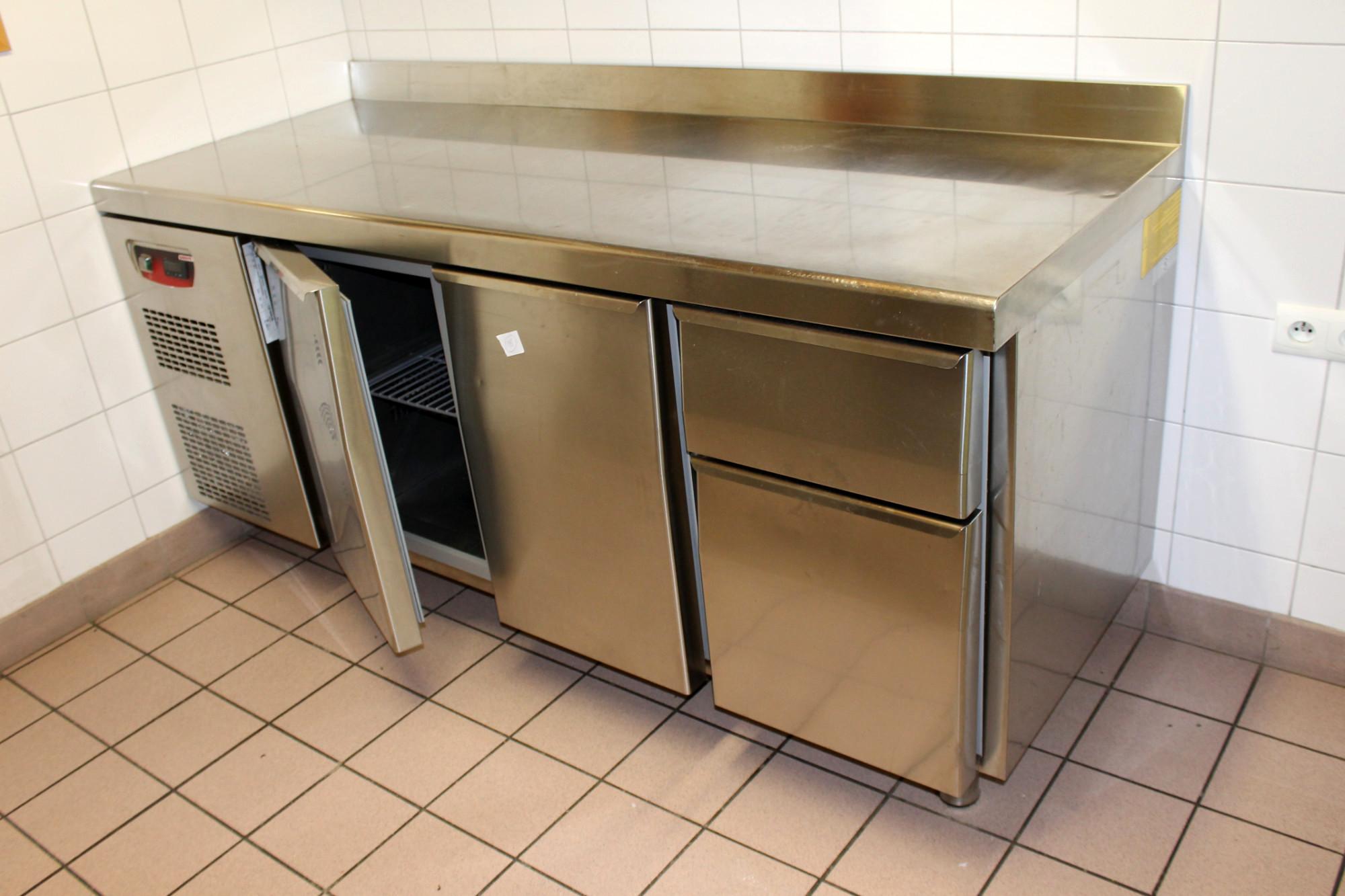 Desserte refrigeree equipement de cuisine d 39 occasion aux for Equipement de cuisine commercial