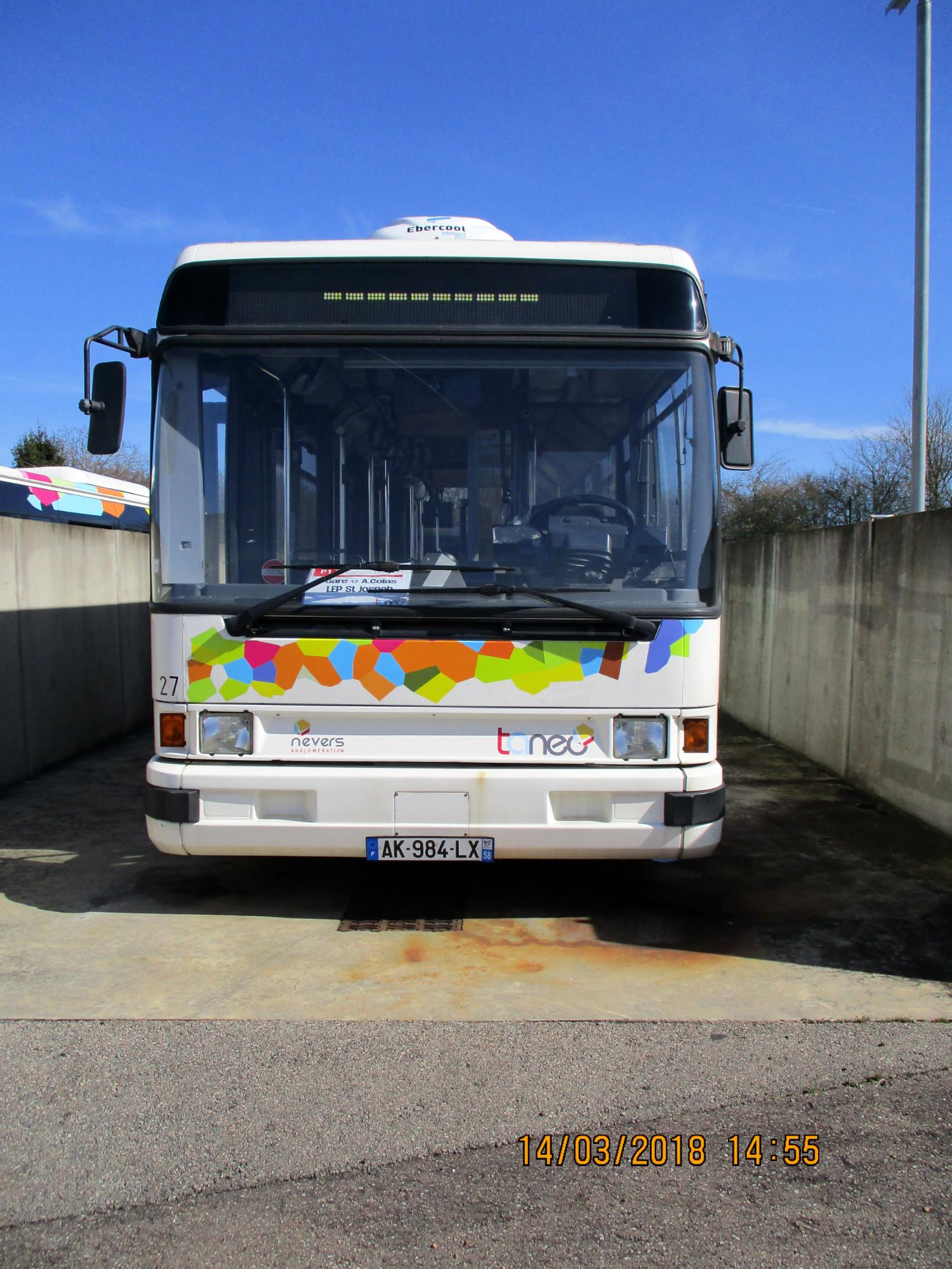 bus standard r 312 car bus d 39 occasion aux ench res. Black Bedroom Furniture Sets. Home Design Ideas