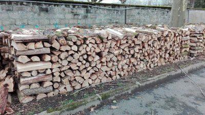 5 st res de bois de chauffage 60 ch ne 40 acacia bois for Acacia bois de chauffage