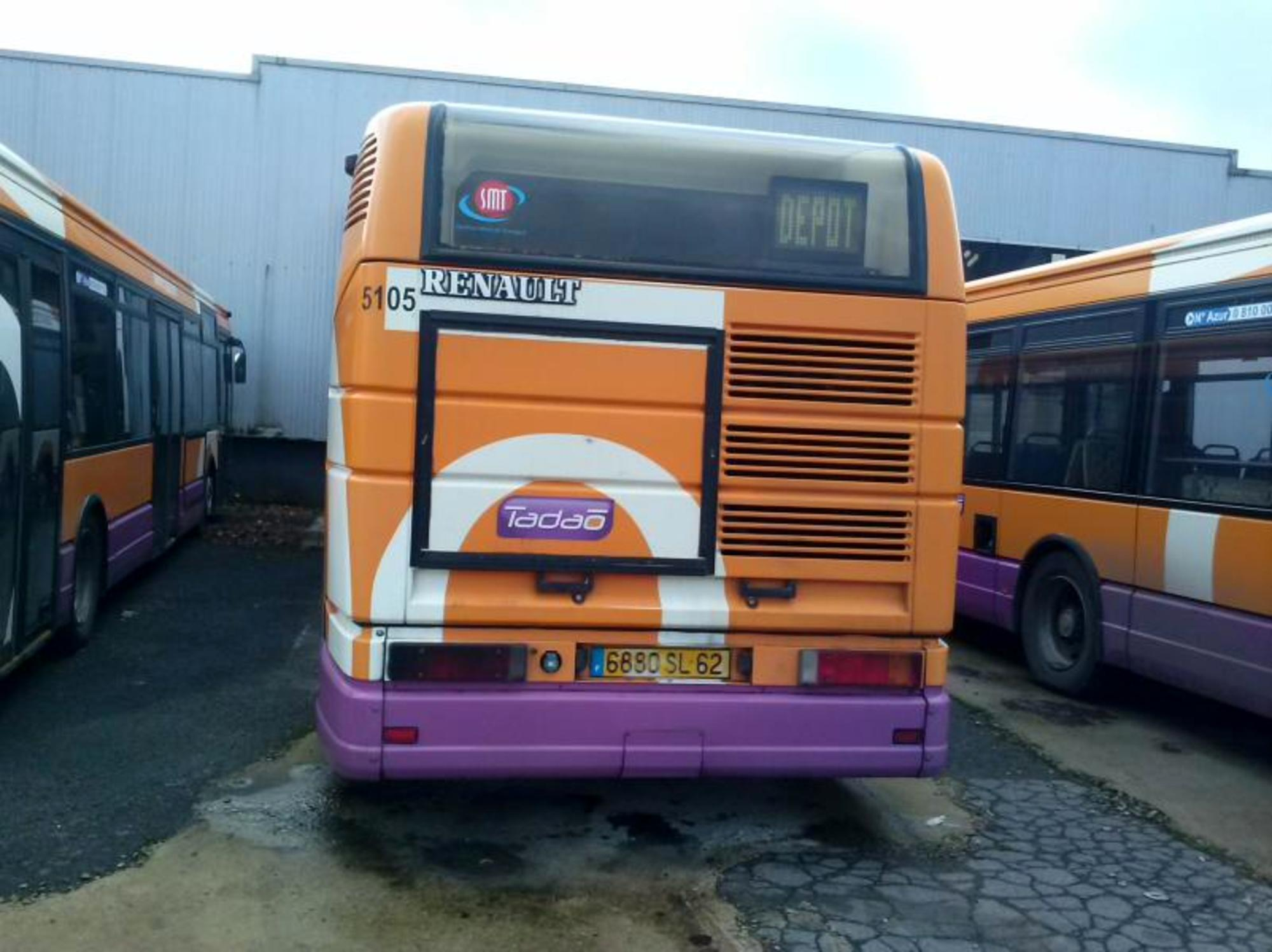 bus urbain renault citybus lot n 1 car bus d 39 occasion aux ench res agorastore. Black Bedroom Furniture Sets. Home Design Ideas