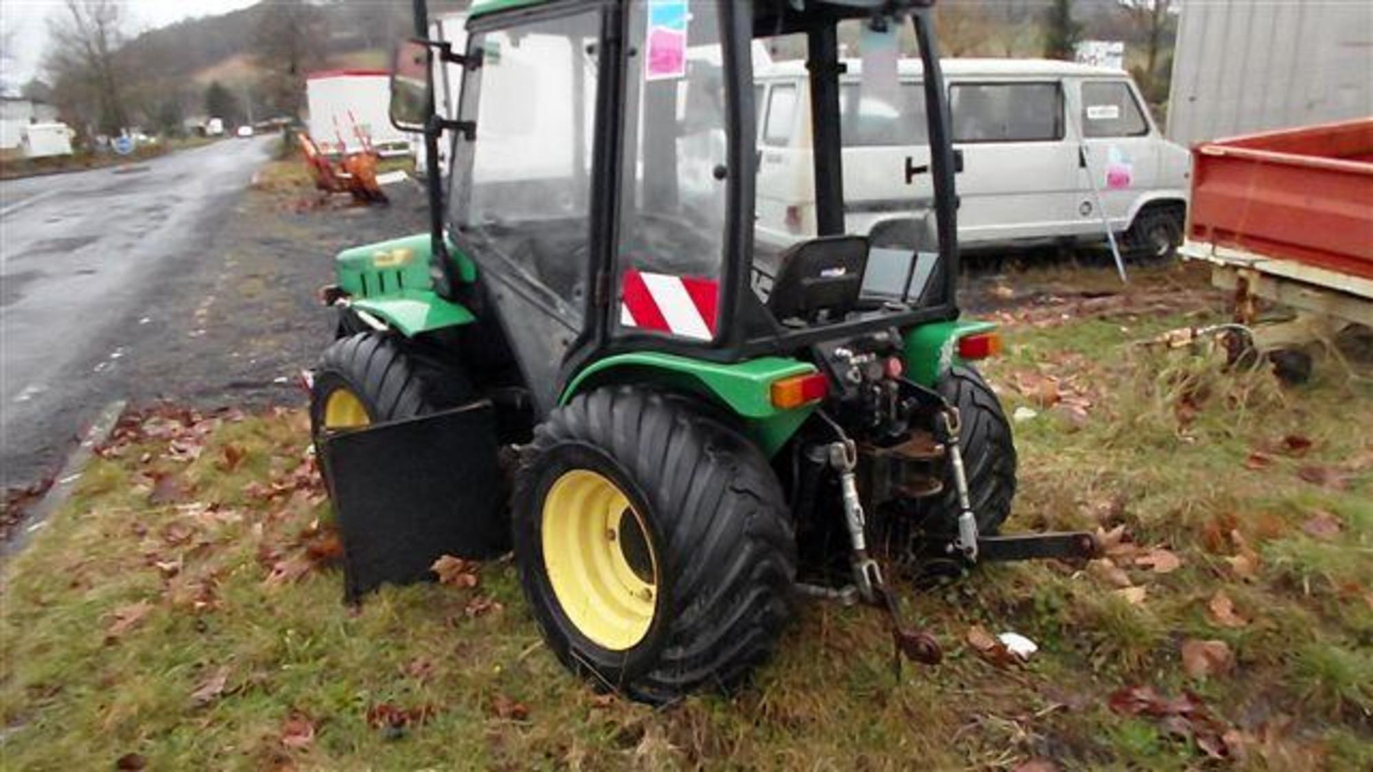 ferrari 76 tractor id es d 39 image de voiture. Black Bedroom Furniture Sets. Home Design Ideas