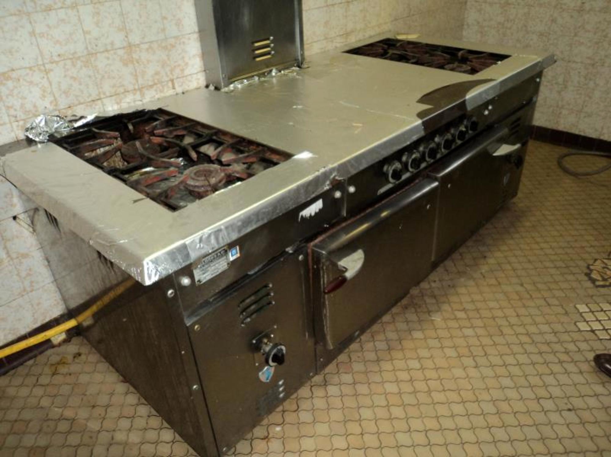 Hotte piano de cuisine equipement de cuisine d for Piano de cuisine d occasion