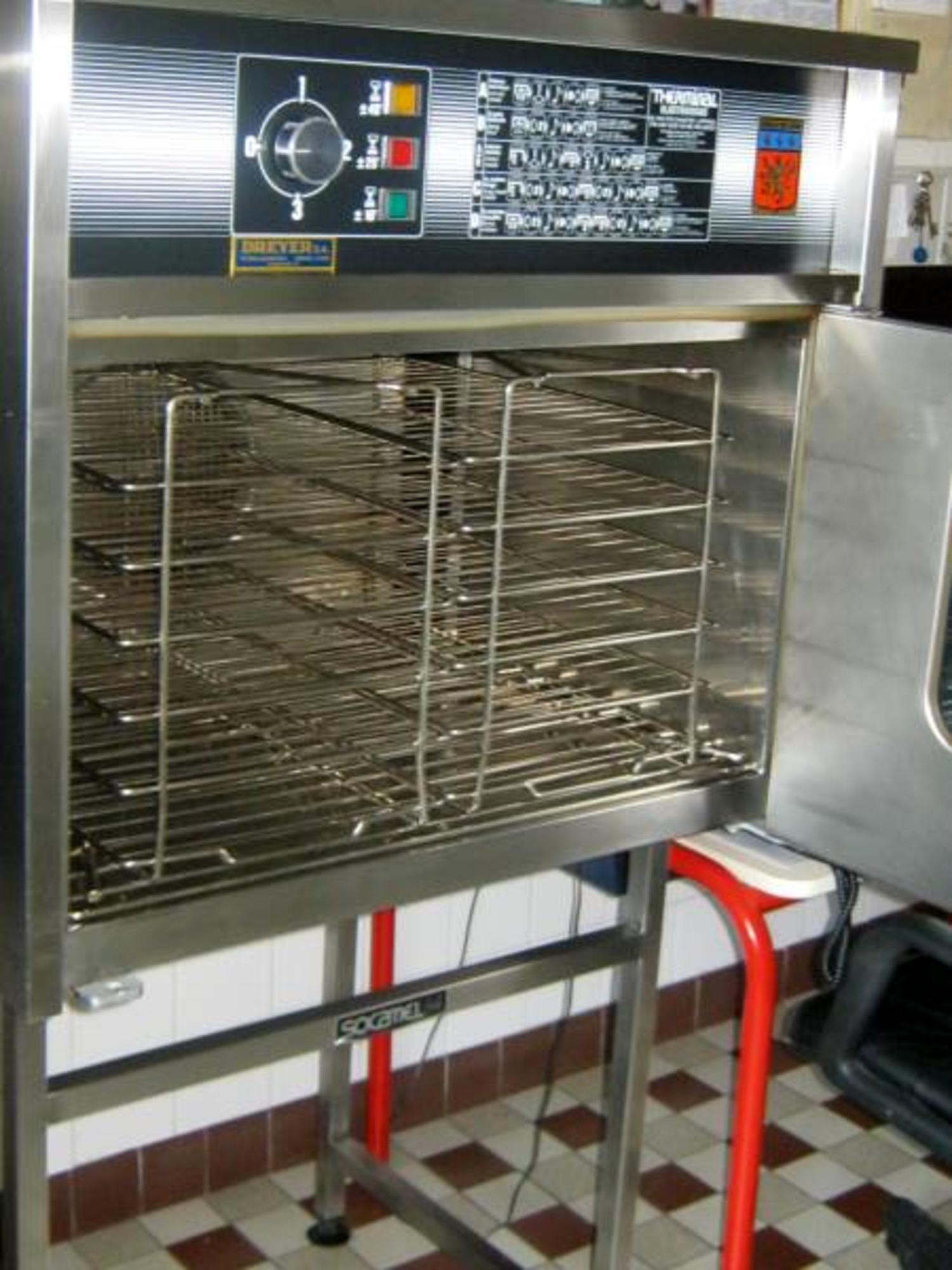 Four socamel 6 niveaux avec support equipement de - Aide cuisine collectivite ...