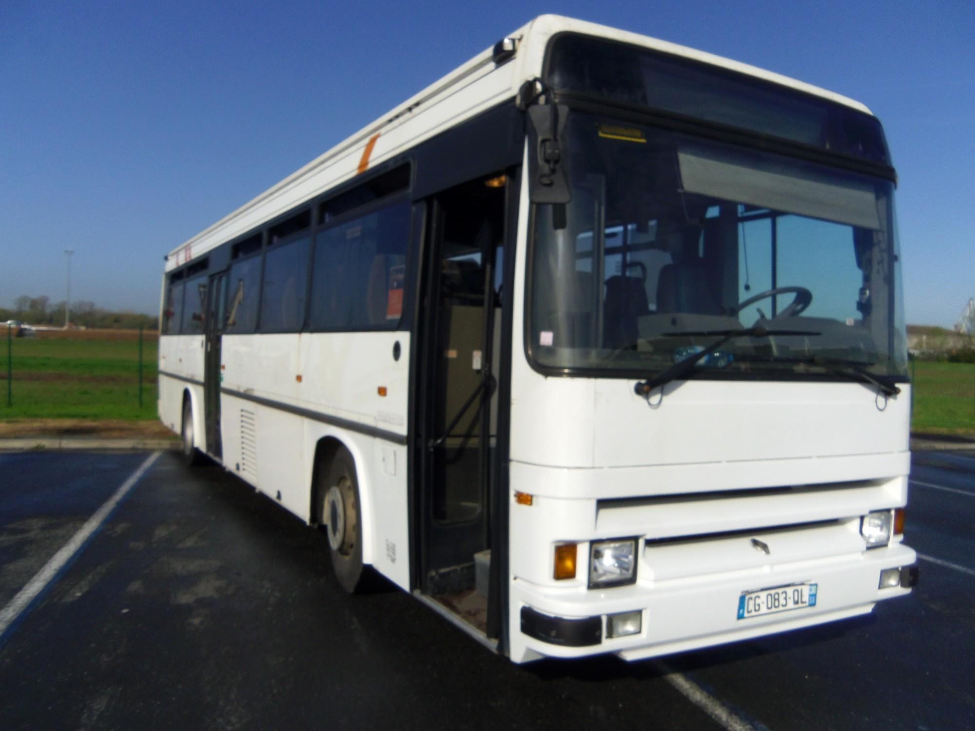 irisbus tracer 7277 car bus d 39 occasion aux ench res agorastore. Black Bedroom Furniture Sets. Home Design Ideas