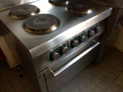lot de mat riel de restauration equipement de cuisine d. Black Bedroom Furniture Sets. Home Design Ideas