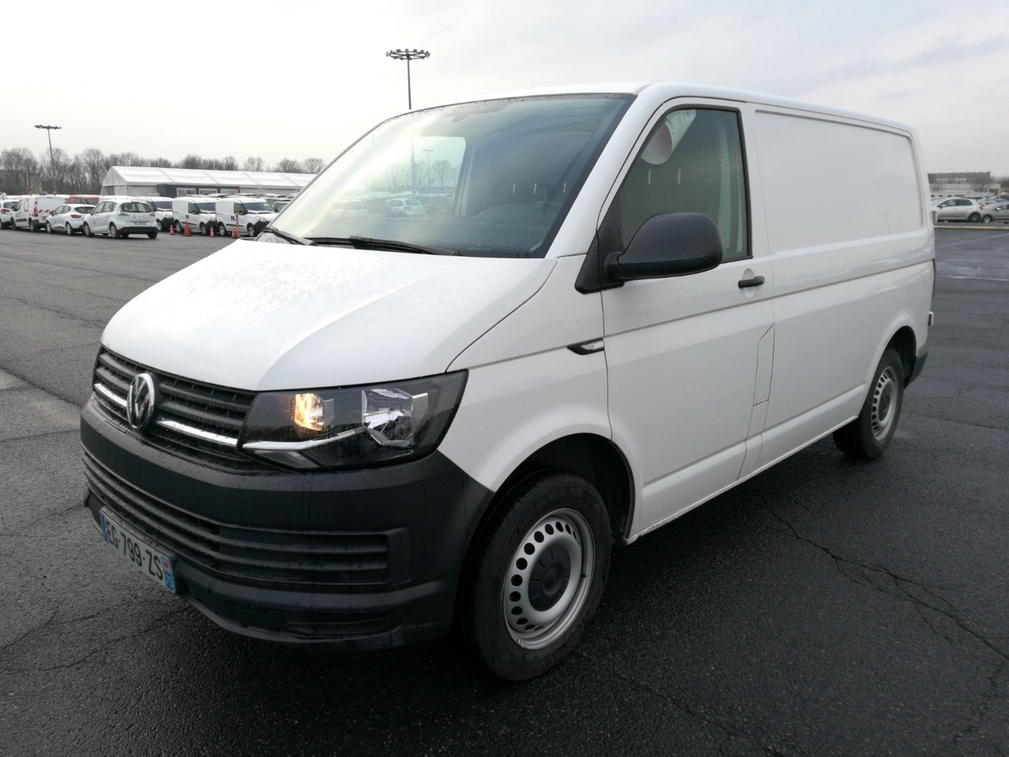 volkswagen transporter 102cv eg799zs utilitaire d 39 occasion aux ench res agorastore. Black Bedroom Furniture Sets. Home Design Ideas