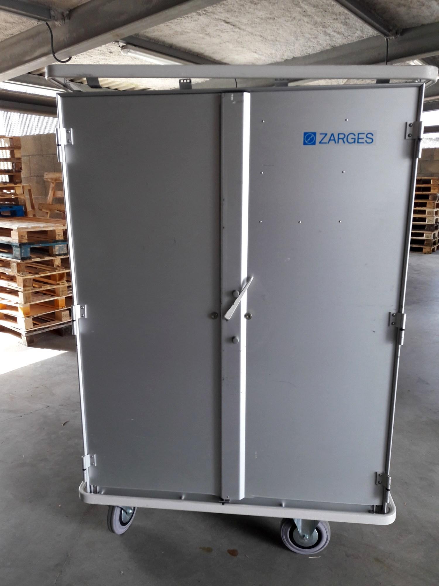 armoire zargal 875 litres rangement d 39 occasion aux ench res agorastore. Black Bedroom Furniture Sets. Home Design Ideas