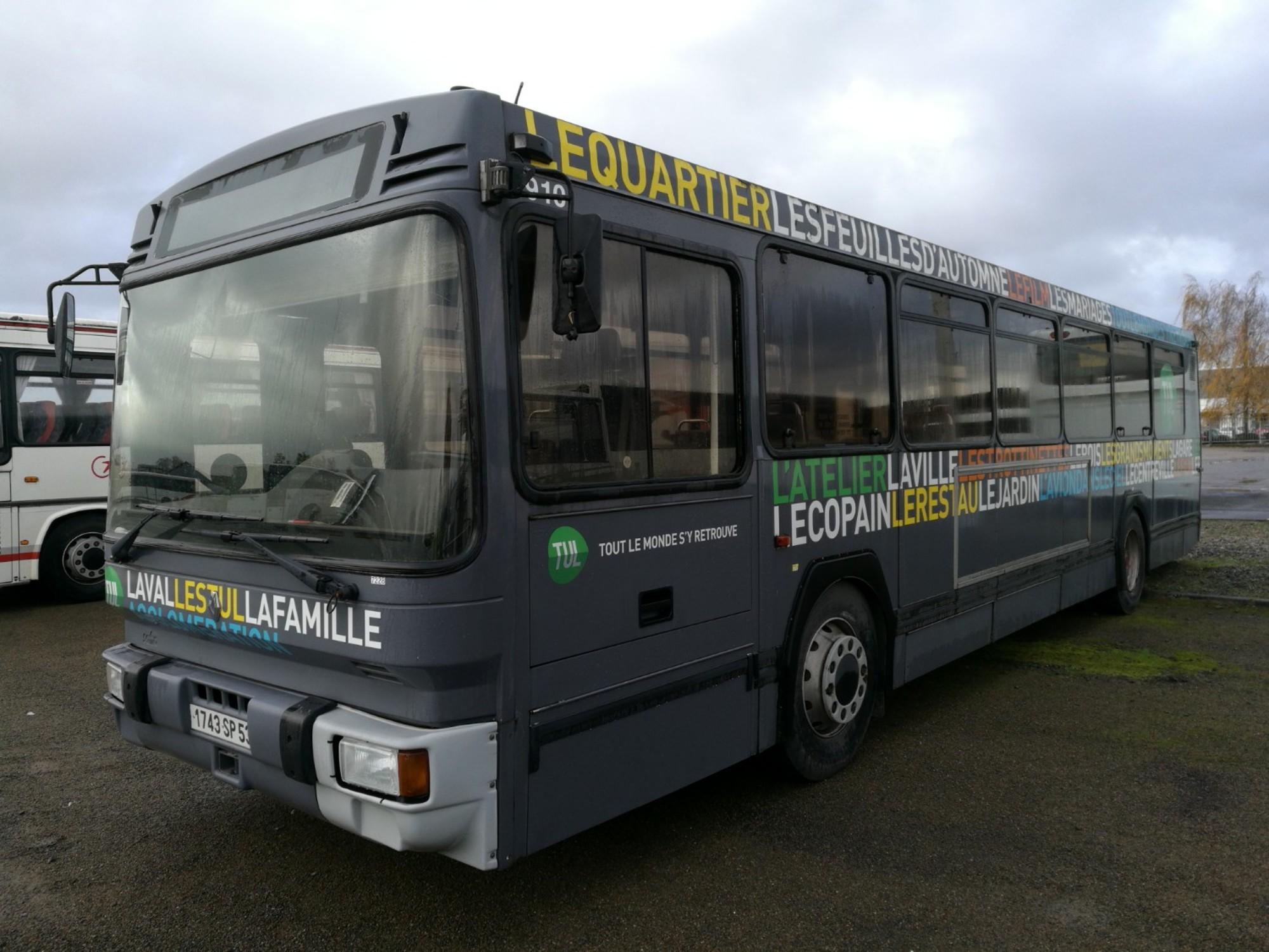 renault pr110 7228 car bus d 39 occasion aux ench res. Black Bedroom Furniture Sets. Home Design Ideas
