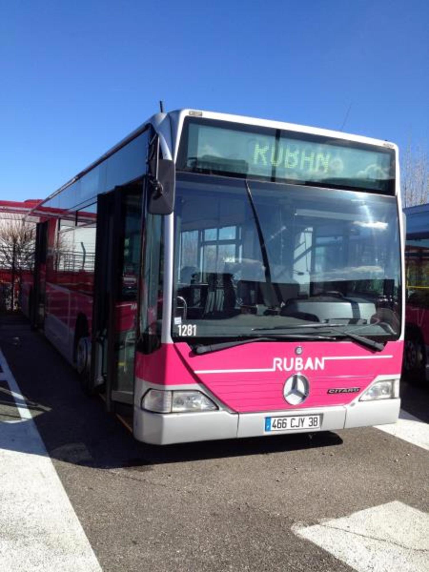 bus mercedes citaro 1281 car bus d 39 occasion aux ench res agorastore. Black Bedroom Furniture Sets. Home Design Ideas